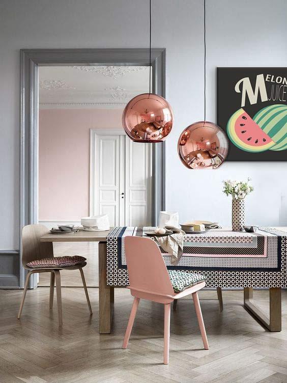 toile-deco-salle-a-manger-gris-et-rose