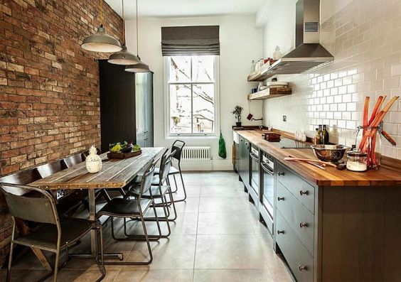 Aménager Et Décorer Une Cuisine En Longueur - Amenagement cuisine en longueur