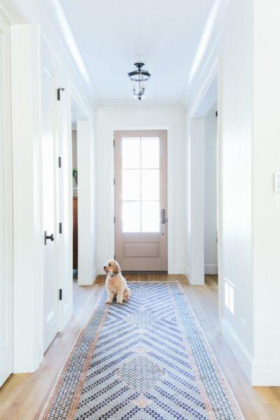 décoration couloir sol coloré