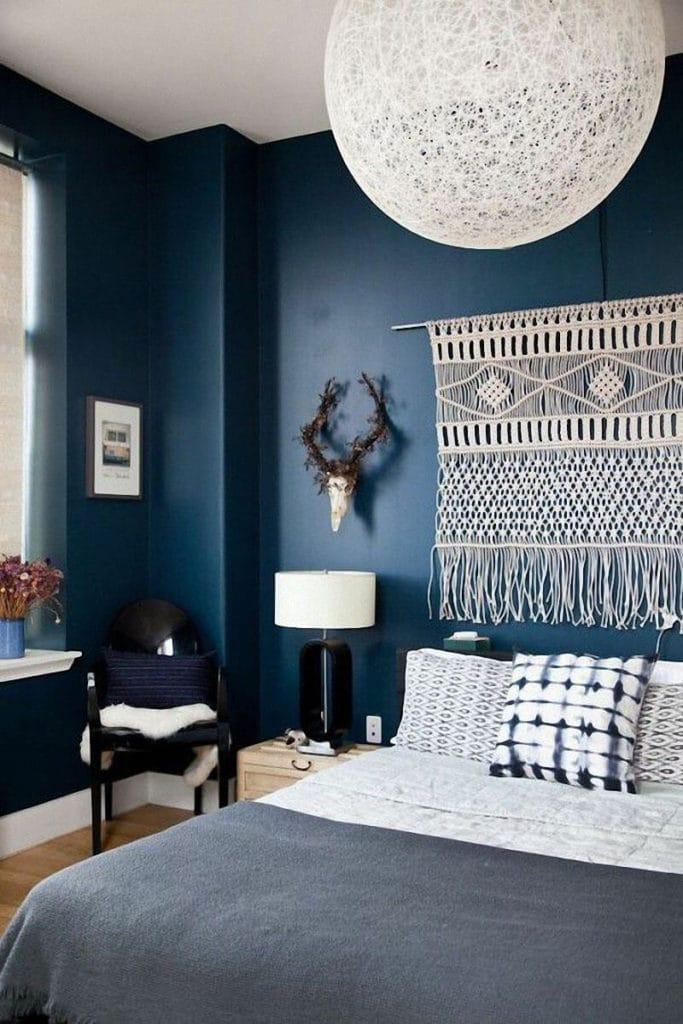 déco chambre bleu sourd et blanc